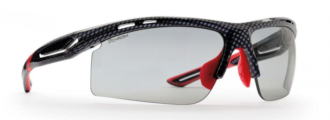 occhiale da ciclismo e mountain bike lenti fotocromatiche dchrom modello cabana carbonio rosso