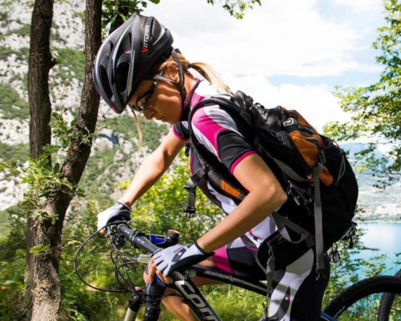 occhiale da donna per mountain bike fotocromatico