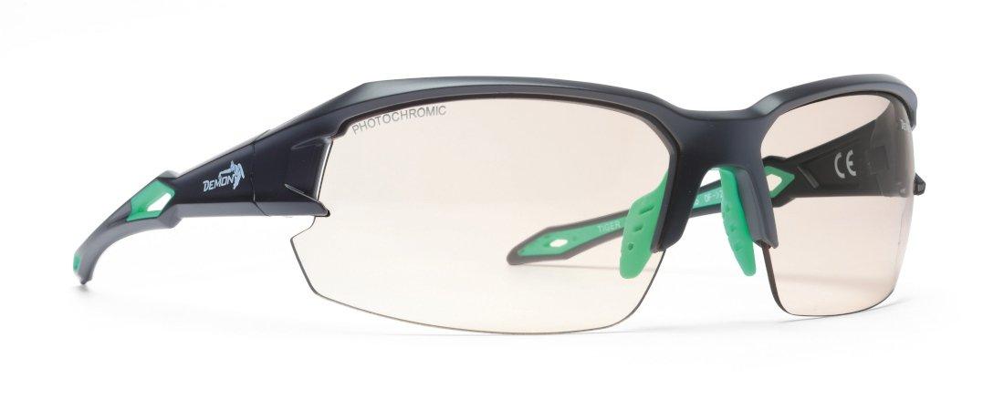 Occhiale per ciclismo su strada modello tiger lente fotocromatica nero opaco verde