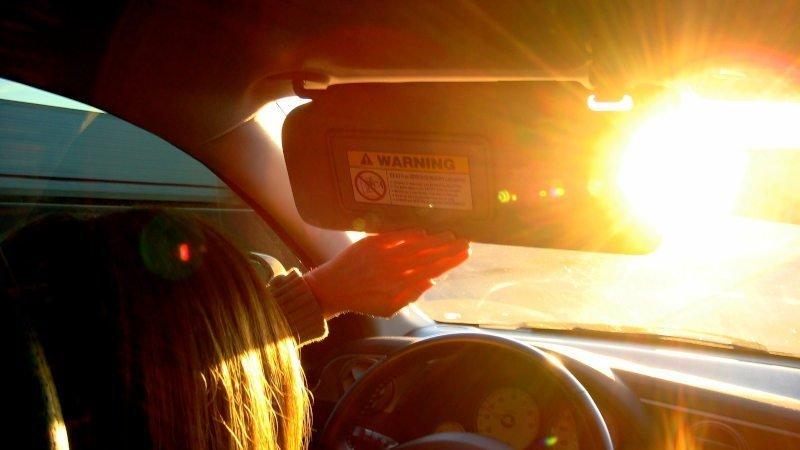 occhiali da sole polarizzati per la guida