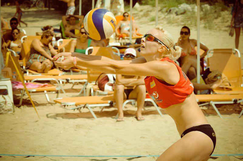 occhiali sportivi polarizzati per beach volley