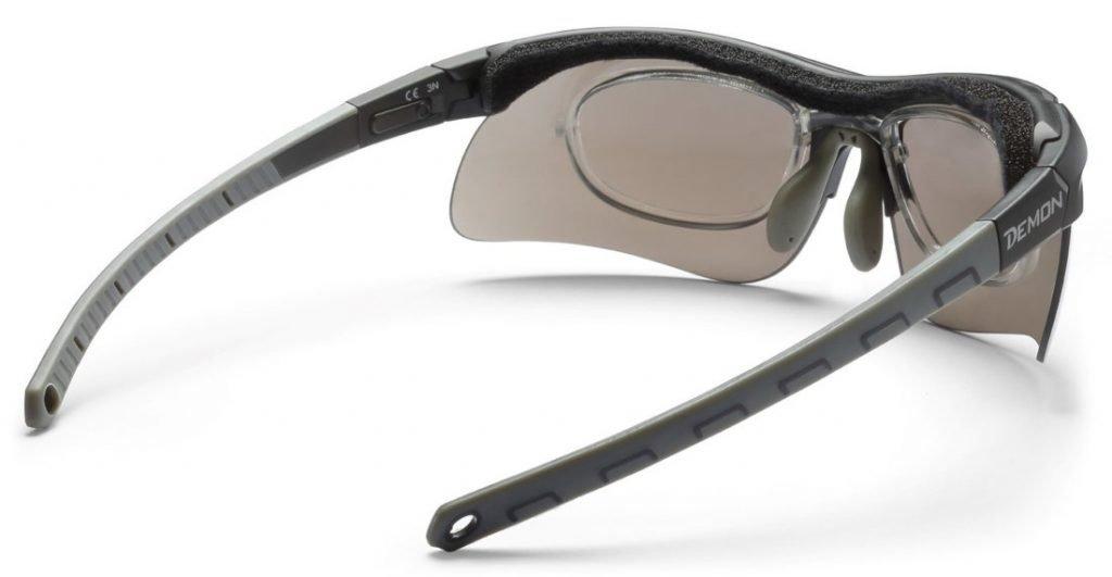 occhiale con clip vista e spugna parasudore per la pratica di ogni sport