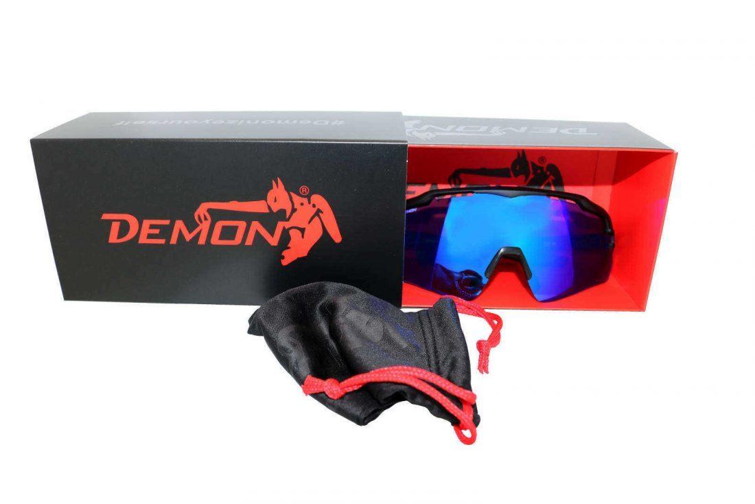nuova scatola fornita in dotazione con occhiali demon
