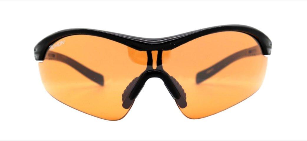Occhiale sportivo con lente arancio per scarsa luce