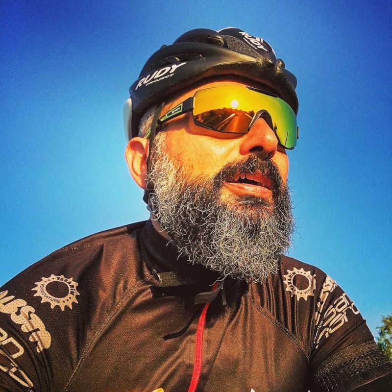 occhiale-da-ciclismo-per-bici-da-corsa-e-mtb-lente-specchiata-arnacio-modello-performance-dmirror