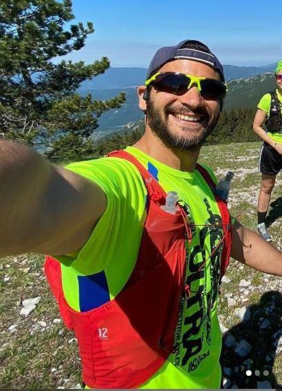 occhiale per trail running giallo fluo lenti fotocromatiche modello trail