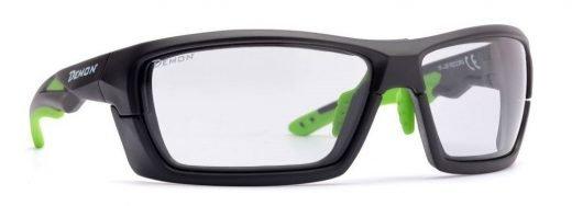 occhiali da running e trail running montatura removibile e lente fotocromatica dchrom modello record nero opaco verde