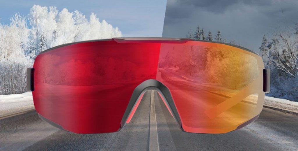 occhiale da ciclismo con lente fotocromatica specchiata rossa per ciclismo su strada e mountain bike modello PERFORMANCE