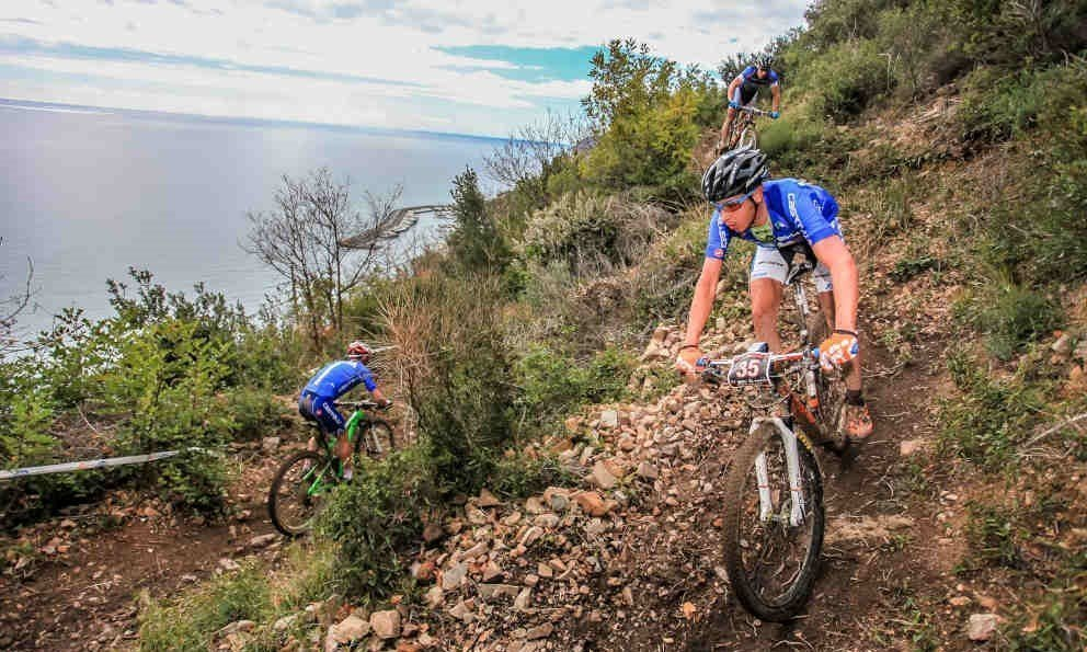 Maglie per mountain bike quali scegliere